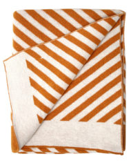 blanket_stripe_brown_02.jpg